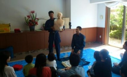 この人形で心肺蘇生を学びます