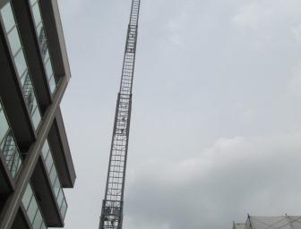 一気に地上40メートルを超えてしまいました!!