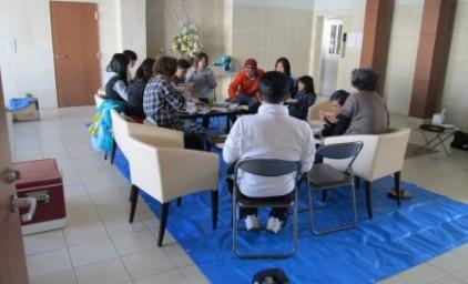 みんなで食事を囲んで、いろんな話をしました。