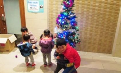 クリスマスツリー点灯!!