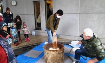ポレスター橋本 餅つき大会 2014年12月21日開催