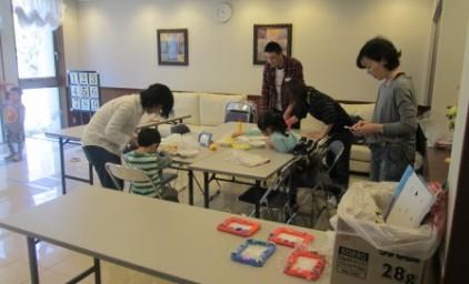 子供イベントの準備中。子供たちもお手伝いしました!