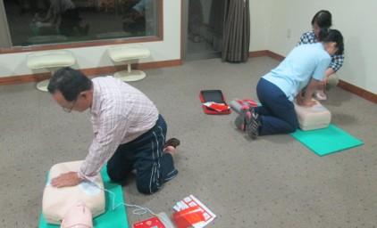 今回の救助者は人形ですが、みんな真剣に使用方法を学びました!