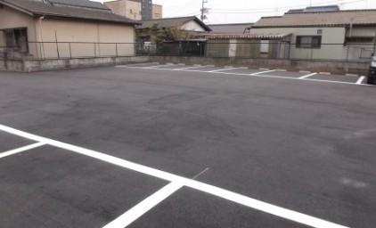 広々とした駐車場となりました。