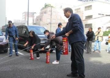 みんなで消火訓練!