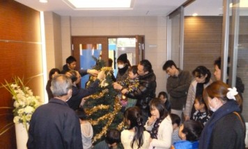 ポレスター玉川上水 クリスマスツリー飾り付け会 2016年11月26日開催