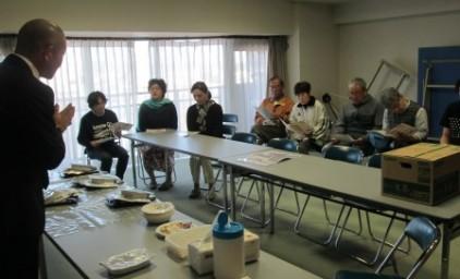 非常食試食会では、熊本地震の様子が報告されました。