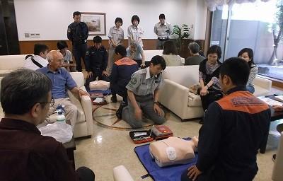 救急隊員によるAED講習会