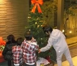 ポレスター諏訪湖岸通り弐番館 クリスマスツリー飾り付け 2017年11月29日開催