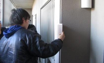 共用廊下壁の塗装色選定
