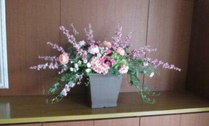 造花も華やかに♪